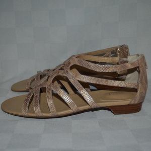 Sz 8.5 Vaneli Golden Tan Strappy Sandals